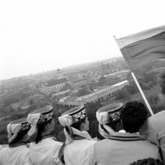 1988-10-veliavos-iskelimas-Gedimino-bokste--