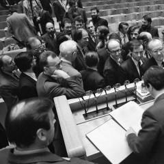 1990-03-11-nepriklausomybes-akto-pasirasymas