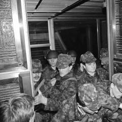 1990-03-27-CK-pastate-desantininkai