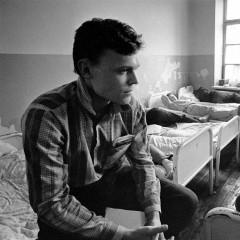1990-03-jaunuoliai-pabege-is-armijos