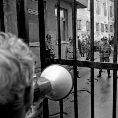 1990-04-20-desantinikai-uzeme-Maironio-spaustuve