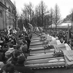 1991-01-16-Sausio-13-auku-laidotuves